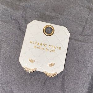 Altar'd State Earrings ✨
